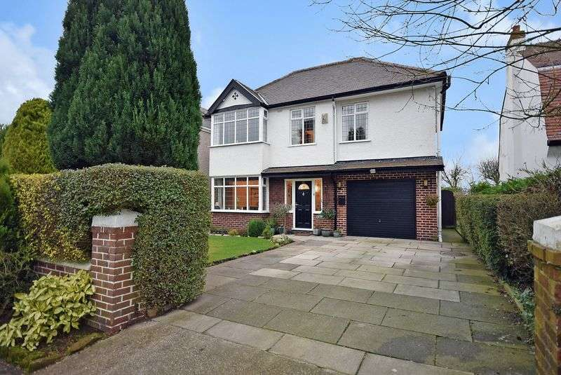 4 Bedrooms Detached House for sale in Church Road, Hale Village