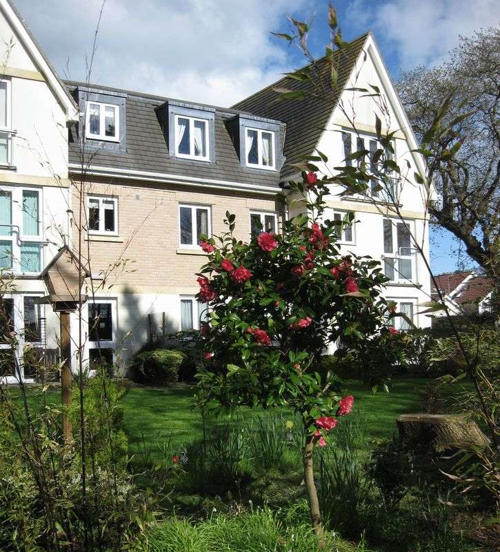 2 Bedrooms Retirement Property for sale in Lilliput, Poole, Churchill Lodge