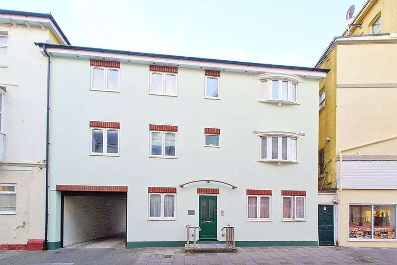 1 Bedroom Flat for sale in Lennox Street, Bognor Regis, PO21
