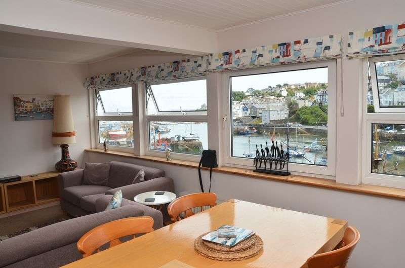 2 Bedrooms Flat for sale in HIGHER STREET, BRIXHAM