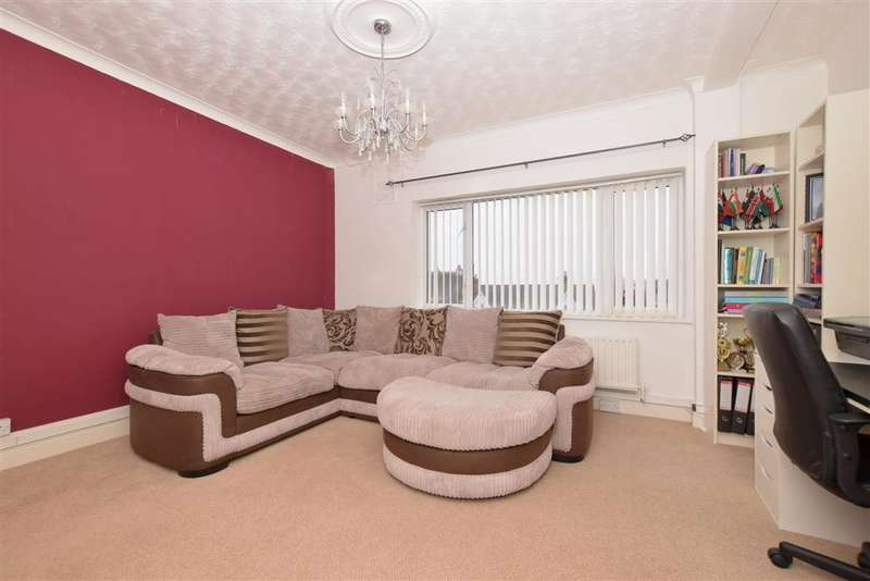 3 Bedrooms Flat for sale in London Road, Portsmouth, Hampshire