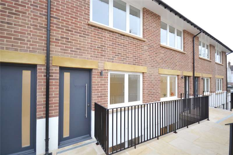 4 Bedrooms Terraced House for sale in New Trinity Road, East Finchley, London, N2