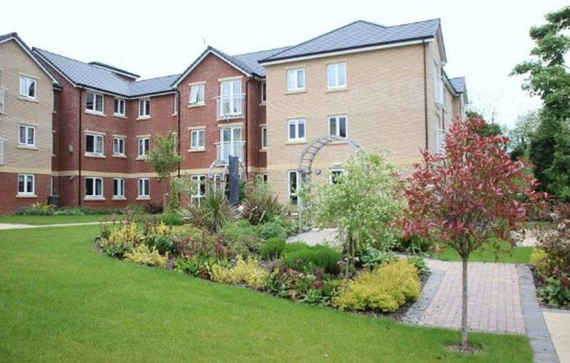 1 Bedroom Flat for sale in Booth Court: **TAILORED CARE PACKAGES AVAILABLE**