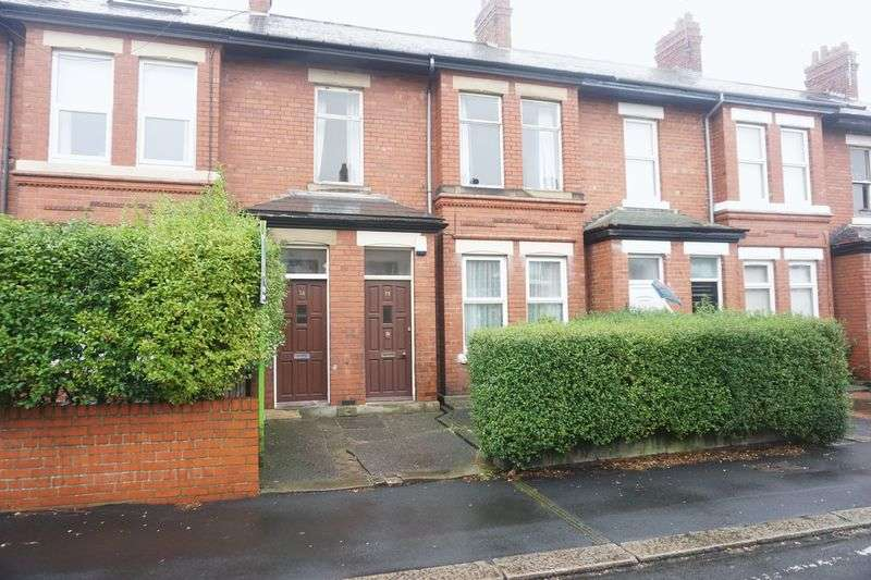 2 Bedrooms Flat for sale in HYDE TERRACE, Gosforth
