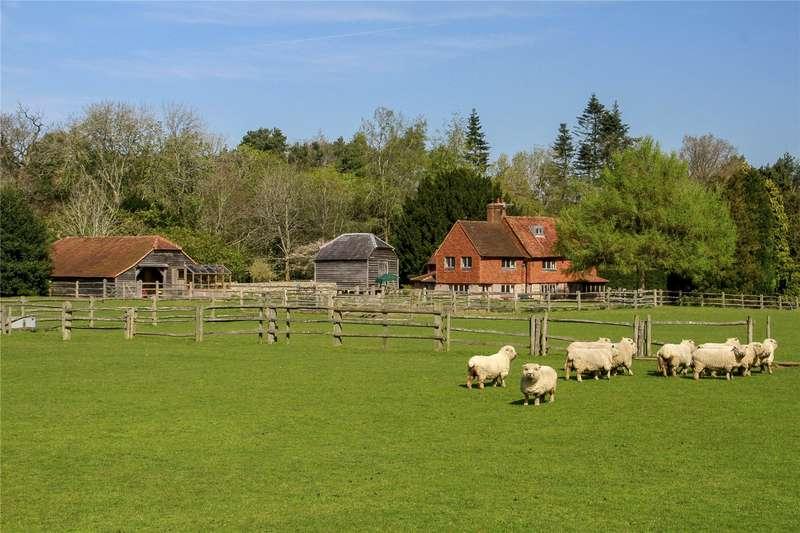 4 Bedrooms Detached House for sale in Sheephatch Lane, Tilford, Farnham, Surrey, GU10
