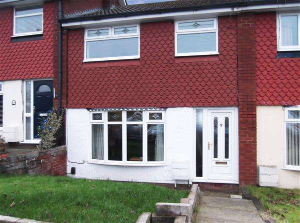 3 Bedrooms Town House for sale in Wetherby Drive, Oldham