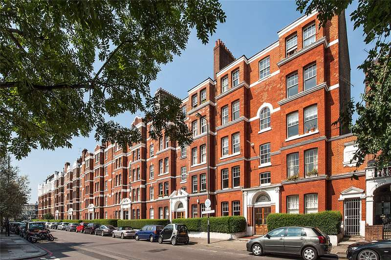 3 Bedrooms Flat for sale in Cambridge Mansions, Cambridge Road, London, SW11