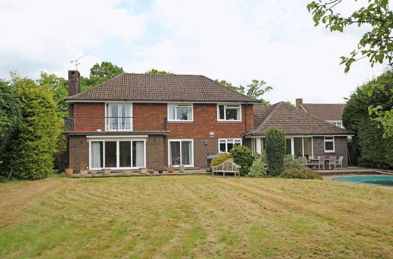 4 Bedrooms Detached House for sale in Belbins
