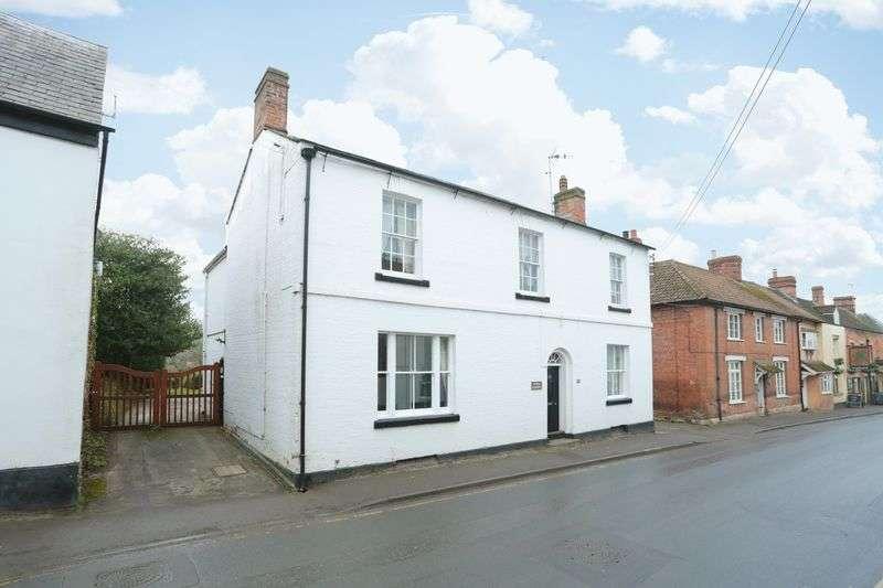5 Bedrooms Detached House for sale in Market Lavington, Devizes, Wiltshire, SN10 4AG