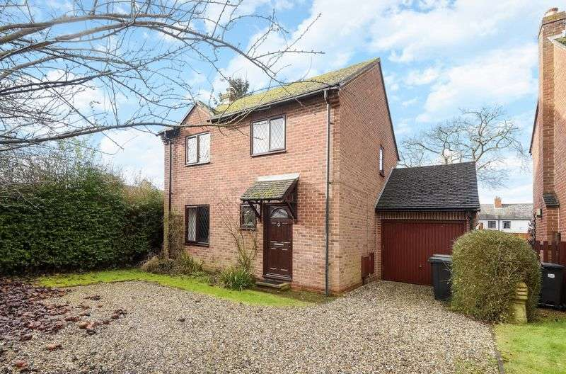 3 Bedrooms Detached House for sale in Meads Close, Drayton