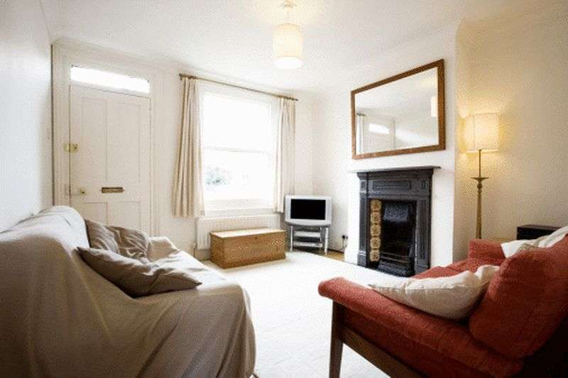 5 Bedrooms Terraced House for sale in Drayton Road, London