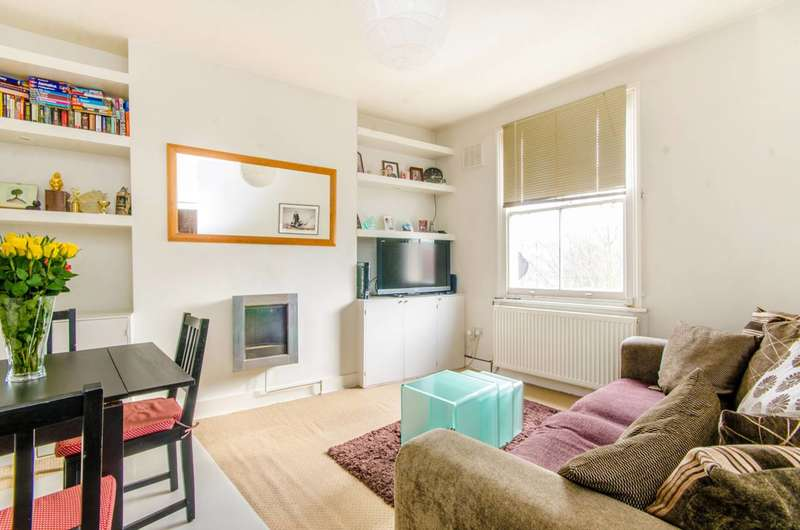 2 Bedrooms Maisonette Flat for sale in Bryantwood Road, Highbury, N7