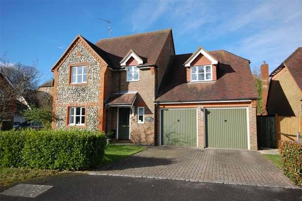 4 Bedrooms Detached House for sale in Four Marks, Alton, Hants