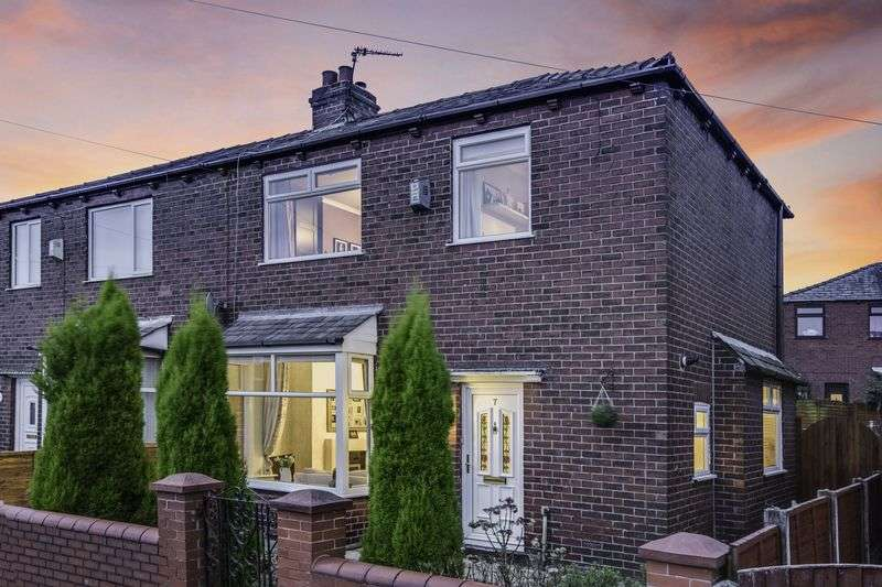 2 Bedrooms Semi Detached House for sale in New Barn Street, Bolton