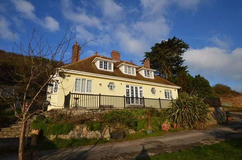 5 Bedrooms Detached House for sale in Beach Road, Sand Bay