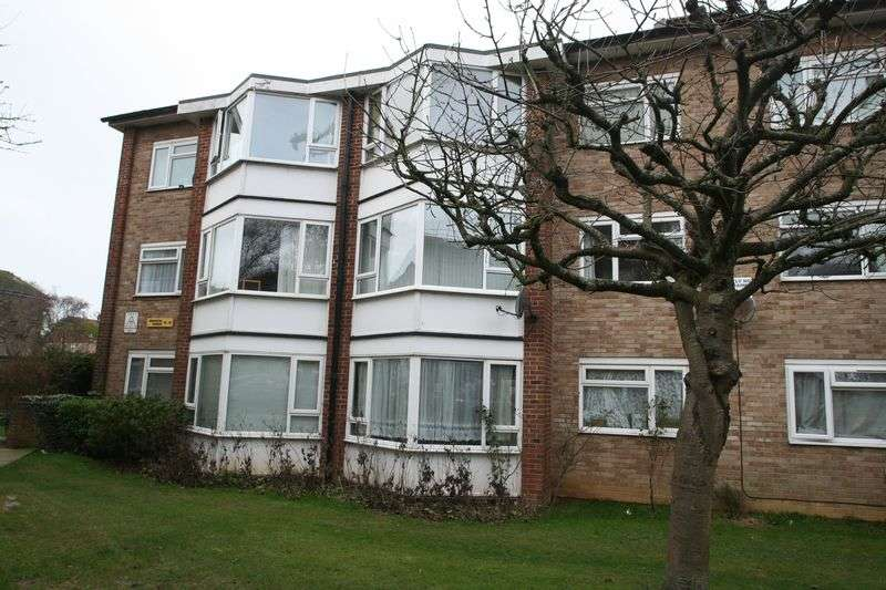 2 Bedrooms Flat for sale in Durrington Gardens, Worthing