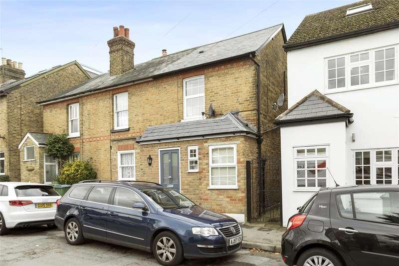 3 Bedrooms Semi Detached House for sale in New Road, Weybridge, Surrey, KT13