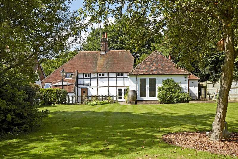4 Bedrooms Detached House for sale in Church Lane, Henfield, West Sussex, BN5