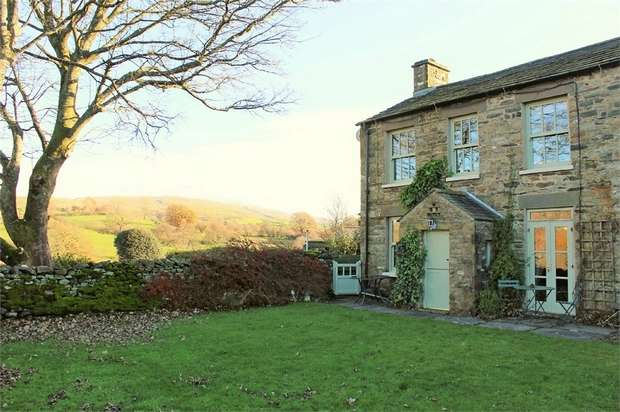 3 Bedrooms Semi Detached House for sale in Hallbank, Sedbergh, Cumbria