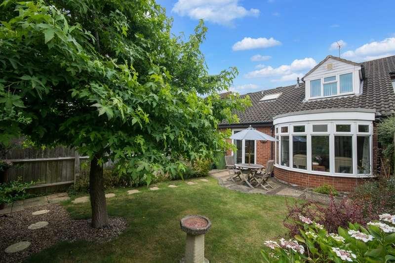 3 Bedrooms Terraced House for sale in Charlton Park, Cheltenham