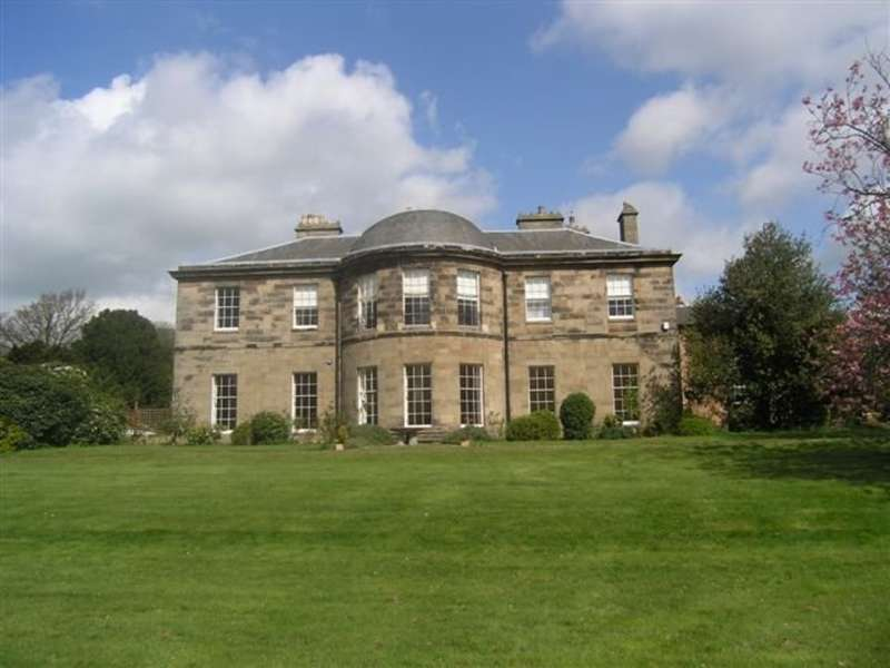 3 Bedrooms Flat for sale in Amington Hall, Ashby Road, Tamworth, B79 0BX