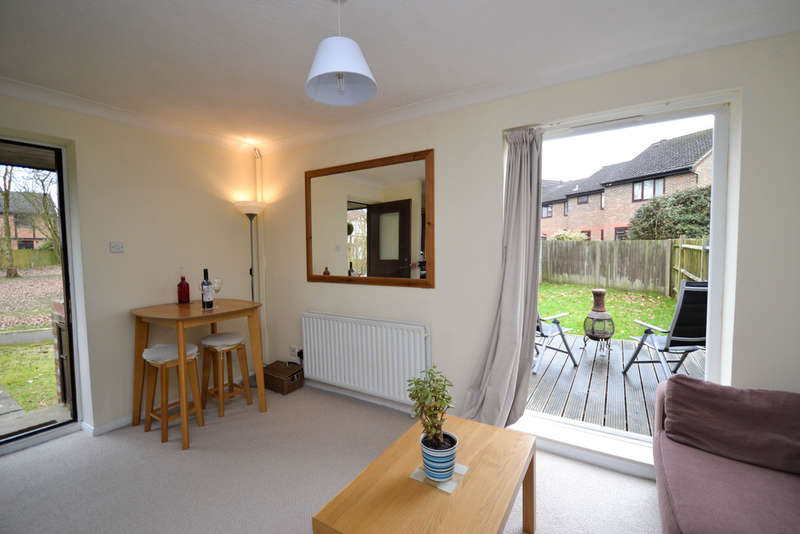1 Bedroom End Of Terrace House for sale in Wildcroft Drive, North Holmwood, Dorking