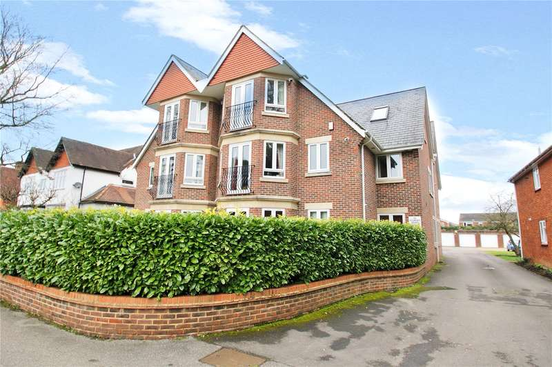 2 Bedrooms Apartment Flat for sale in Sturges Court, Wokingham, Berkshire, RG40