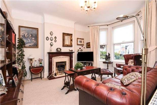 3 Bedrooms Terraced House for sale in Pathfield Road, LONDON, SW16 5PA