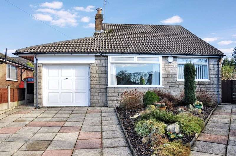 4 Bedrooms Detached Bungalow for sale in St Pauls Close, Adlington
