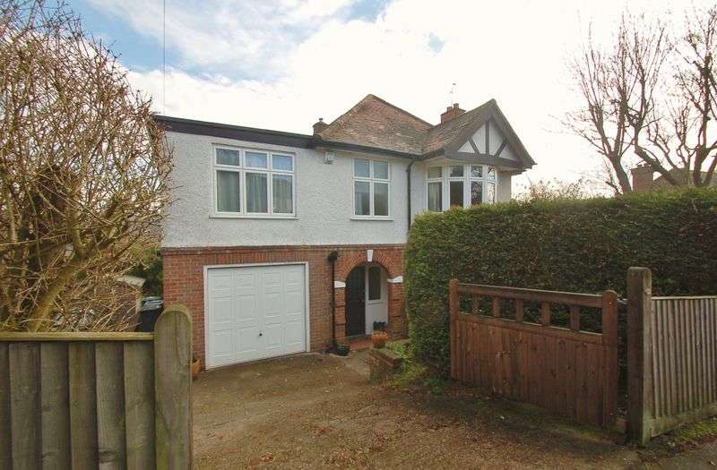 5 Bedrooms Detached House for sale in High Wycombe