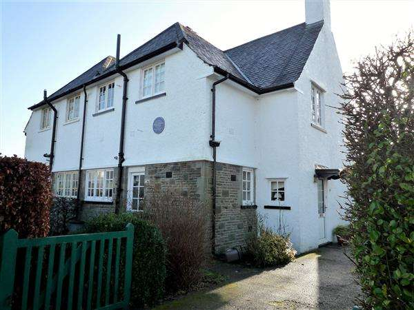 3 Bedrooms House for sale in Y Groes, Rhiwbina Garden Village, Cardiff