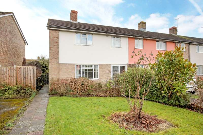 3 Bedrooms Semi Detached House for sale in Broadfields, Pewsey, Wiltshire, SN9