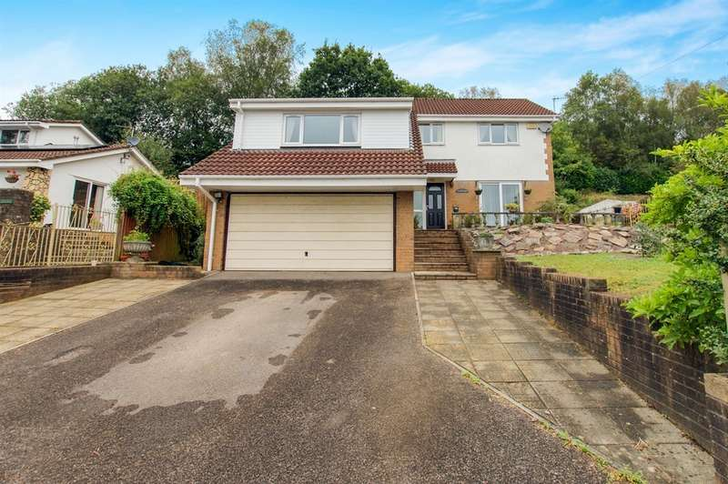 4 Bedrooms Detached House for sale in Dranllwyn Close, Machen, Caerphilly