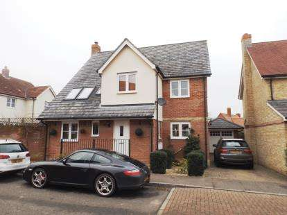5 Bedrooms Detached House for sale in Halstead, Essex, .