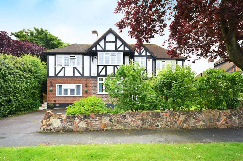 5 Bedrooms Detached House for sale in Chestnut Avenue, Stoneleigh, KT19