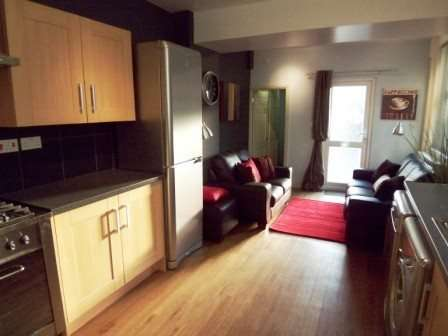7 Bedrooms House for rent in Mackintosh Place, Roath, Cardiff