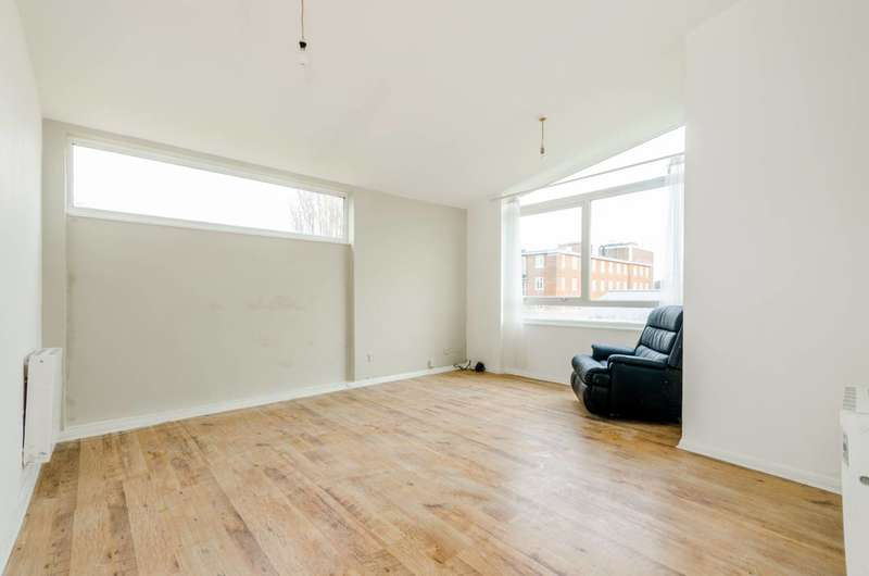 2 Bedrooms Flat for sale in Linthorpe Avenue, Wembley, HA0