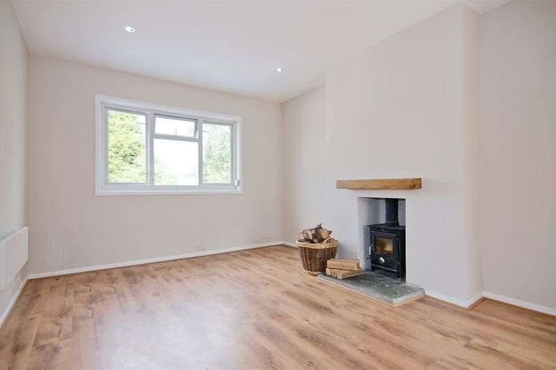 1 Bedroom Flat for sale in Victoria Street, Broomhill, Cannock