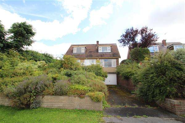3 Bedrooms Bungalow for sale in Field Lane, Upton