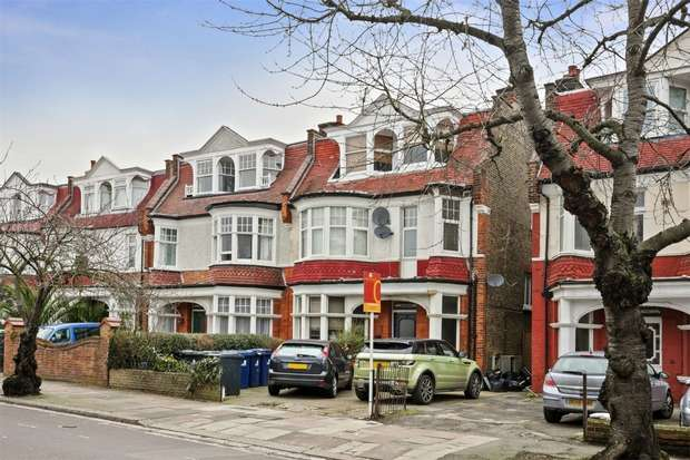 2 Bedrooms Flat for sale in Lynton Road, Acton