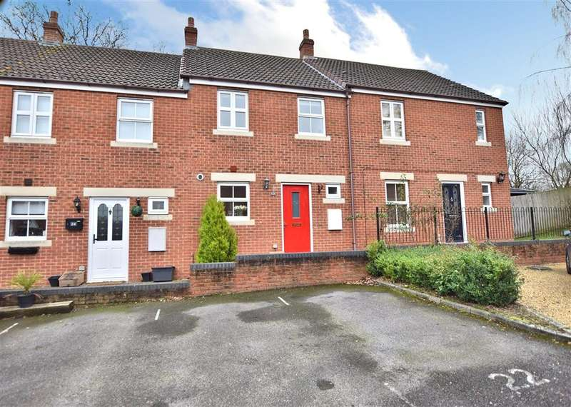 2 Bedrooms Terraced House for sale in Kingfisher Grove, Three Mile Cross, Reading, RG7