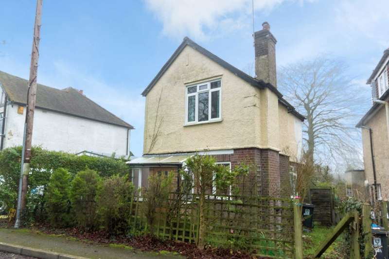 2 Bedrooms Detached House for sale in Upper Ashlyns Road, Berkhamsted