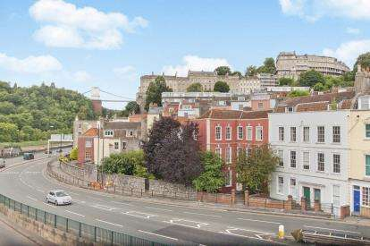 5 Bedrooms Terraced House for sale in Hotwell Road, Hotwells, Bristol