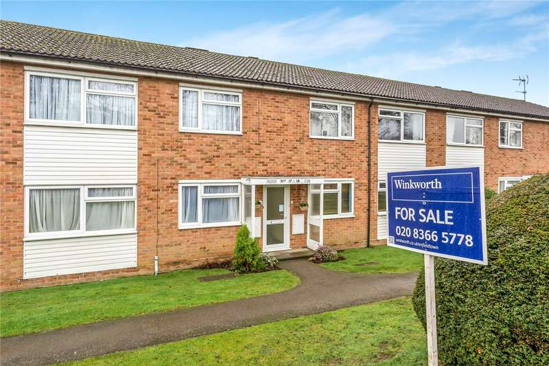 2 Bedrooms Flat for sale in Englefield Close, Enfield, EN2