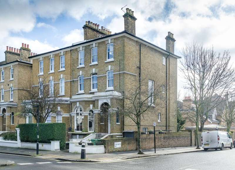 2 Bedrooms Flat for sale in King Henrys Road, Primrose Hill, NW3
