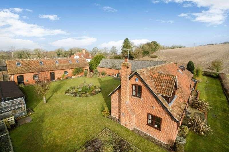 3 Bedrooms Detached House for sale in Brook, King's Somborne