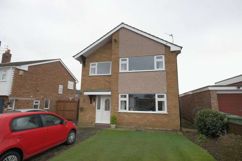 3 Bedrooms Detached House for sale in Regents Close, Wirral