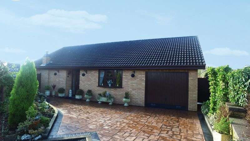 3 Bedrooms Detached Bungalow for sale in Windmill Close, Uttoxeter