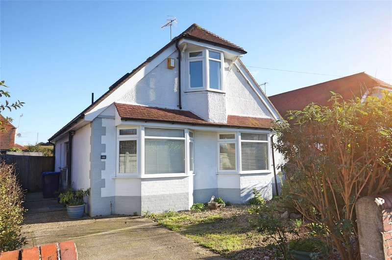 3 Bedrooms Detached House for sale in Gaisford Road, Tarring, Worthing, BN14