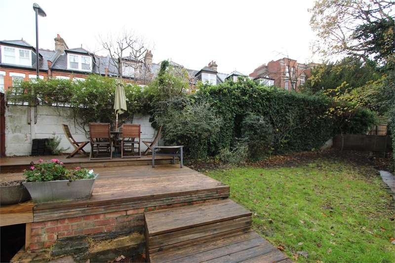 2 Bedrooms Flat for sale in Heathville Road, Crouch Hill, London